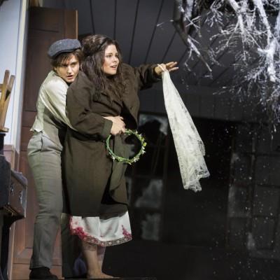 Pierotto | Linda di Chamounix | Gaetano Donizetti | Linda: Naroa Intxausti | Stadttheater Gießen | Foto: Rolf K. Wegst | 2015