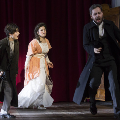Pierotto | Linda di Chamounix | Gaetano Donizetti | Linda: Naroa Intxausti | Antonio: Cozmin Sime | Stadttheater Gießen | Bild: Rolf K. Wegst | 2015